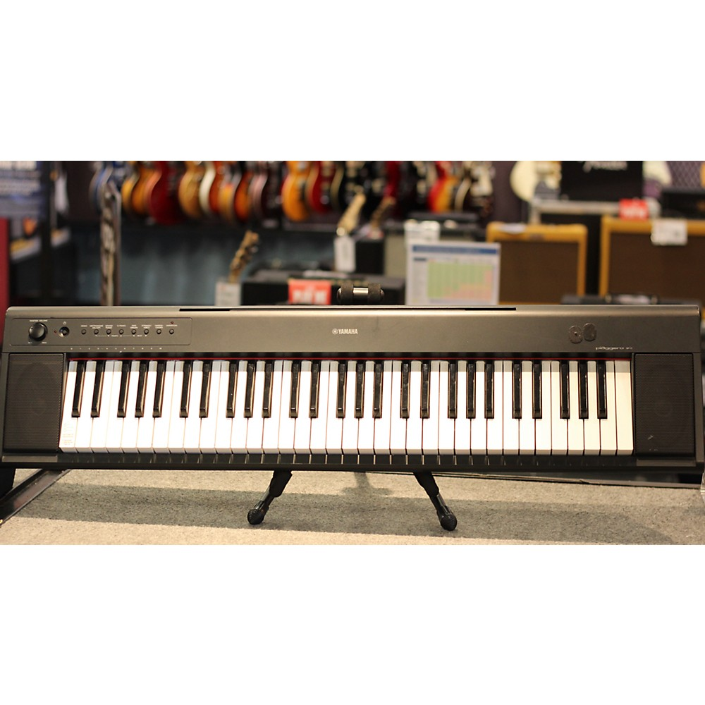 Keyboards pianos is a music equipment for Yamaha np11 digital piano