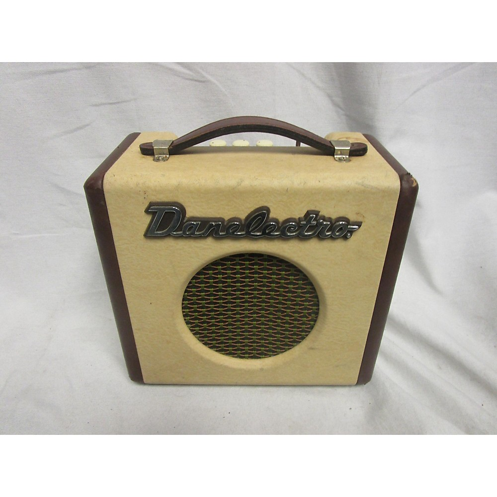 Danelectro DIRTY THIRTY Battery Powered Amp 113923969