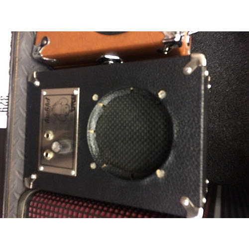 In Store Used 1750 Battery Powered Amp-thumbnail