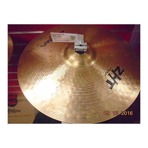 Zildjian 18in ZHT Medium Thin Crash Cymbal-thumbnail