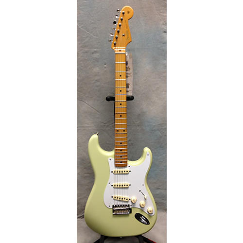 Fender 1950S Stratocaster Solid Body Electric Guitar-thumbnail