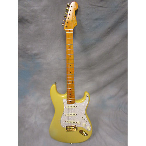 Fender 1957 Limited Edition Stratocaster Solid Body Electric Guitar