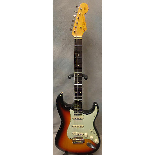 Fender 1960 Relic Stratocaster Solid Body Electric Guitar-thumbnail