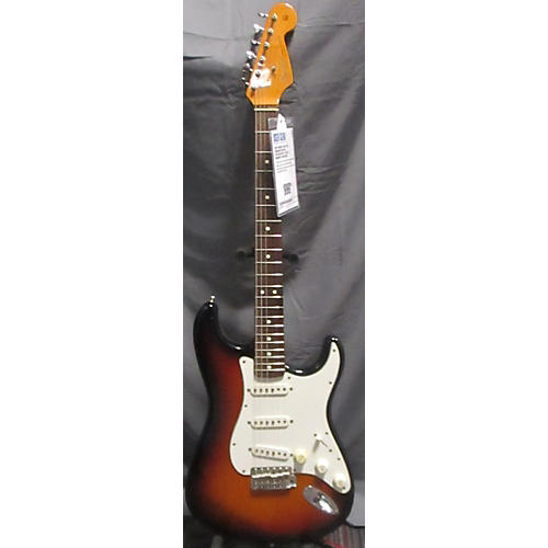 Fender 1962 American Vintage Stratocaster Solid Body Electric Guitar