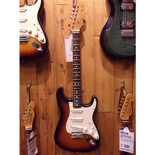 Fender 1962 Vintage Hot Rod Stratocaster Solid Body Electric Guitar-thumbnail