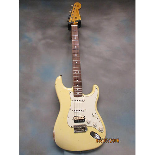 Fender 1965 Relic Stratocaster HSS Solid Body Electric Guitar-thumbnail
