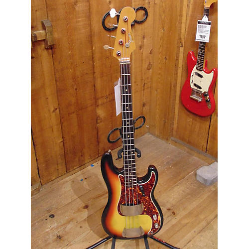 Fender 1966 Precision Bass Electric Bass Guitar Sunburst
