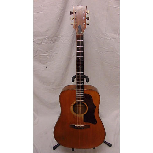 Gibson 1973 J50 Deluxe Acoustic Guitar