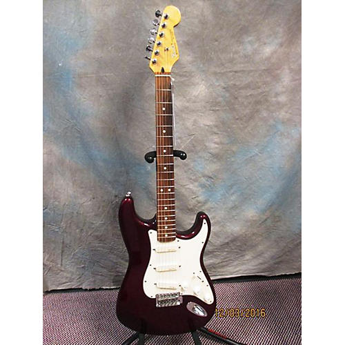 Fender 1998 Stratocaster Made In Mexico Solid Body Electric Guitar-thumbnail