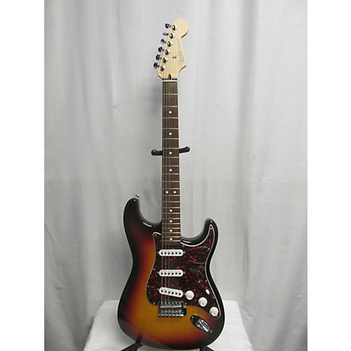 Fender 2002 Standard Stratocaster Solid Body Electric Guitar-thumbnail