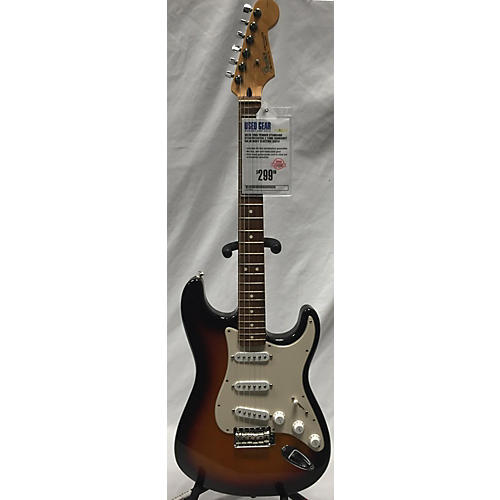 Fender 2003 Standard Stratocaster Solid Body Electric Guitar