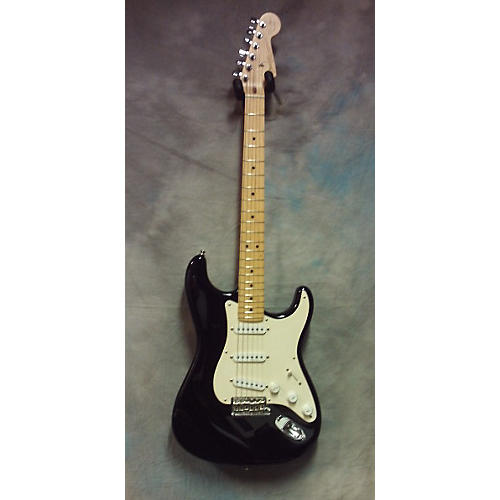 Fender 2005 Eric Clapton Signature Stratocaster Solid Body Electric Guitar