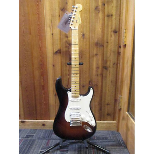 Fender 2011 American Standard Stratocaster HSS Solid Body Electric Guitar