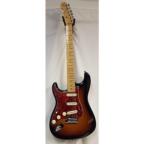 used fender 2011 american standard stratocaster left handed electric guitar guitar center. Black Bedroom Furniture Sets. Home Design Ideas