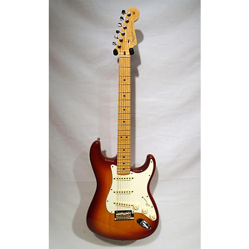 used fender 2013 american standard stratocaster solid body electric guitar sienna sunburst. Black Bedroom Furniture Sets. Home Design Ideas