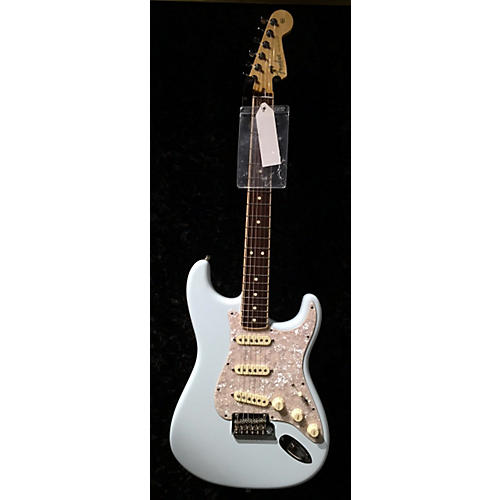 Fender 2014 American Standard Stratocaster With Channel Bound Fingerboard Solid Body Electric Guitar-thumbnail