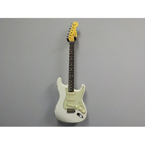 Fender 2015 Collection 1963 Stratocaster Relic Solid Body Electric Guitar