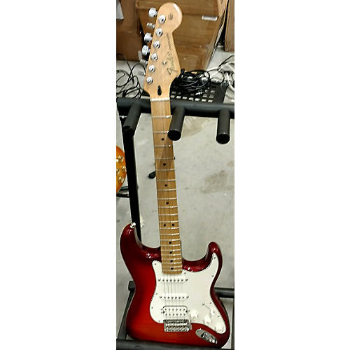 Fender 2015 DELUXE STRATOCASTER W IOS CONNECTIVITY HSS