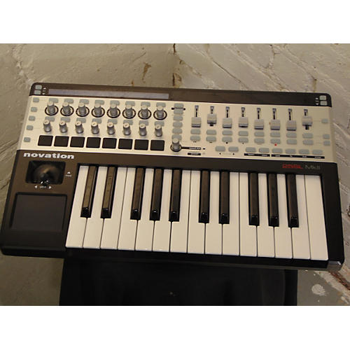 Novation 25SL MKII MIDI Controller-thumbnail