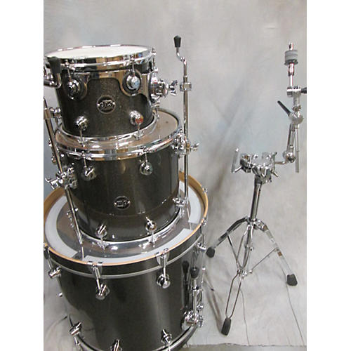 DW 3 Piece Performance Series Pewter Drum Kit