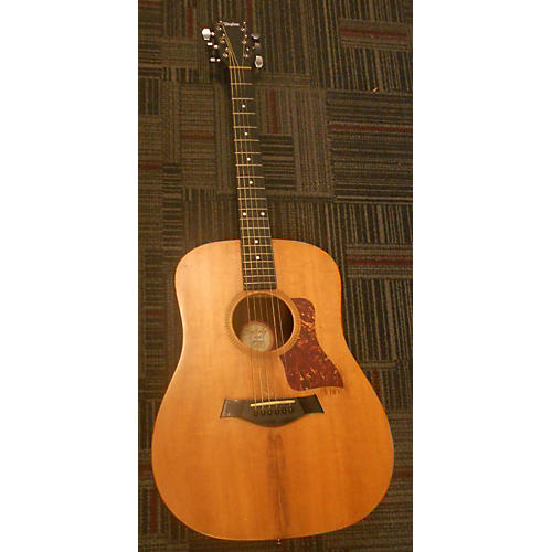 Taylor 307-GB Acoustic Guitar-thumbnail