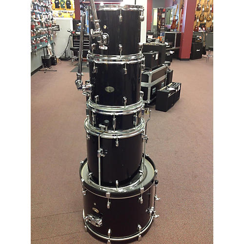 Pearl 5 Piece Forum Black Drum Kit-thumbnail