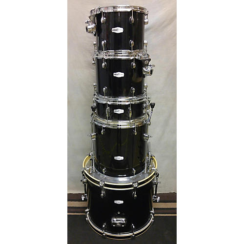 Pearl 5 Piece Forum Drum Kit