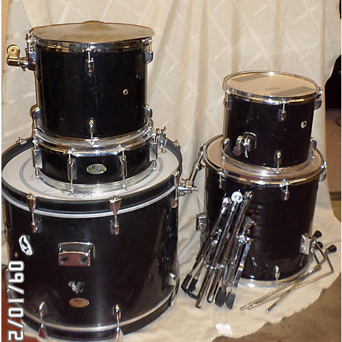 In Store Used 5 Piece Pro Drum Kit-thumbnail