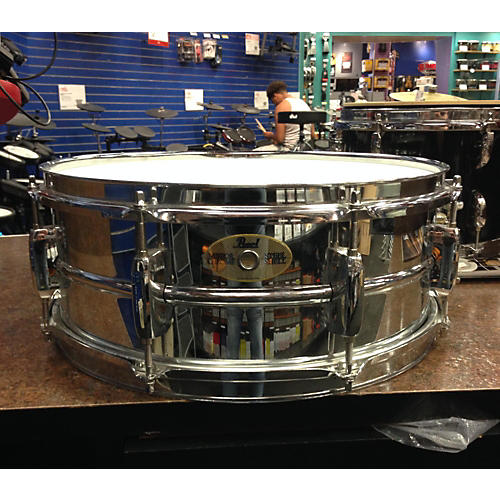 Pearl 5.5X14 Mirror Chrome Snare Drum