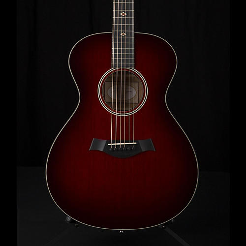 Taylor 500 Series M522 Grand Concert Acoustic Guitar Shaded Edge Burst