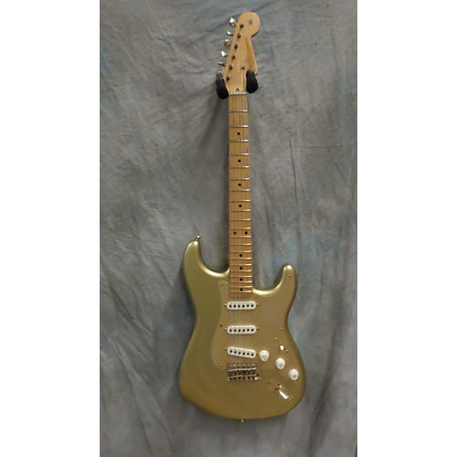 Fender 50TH Anniversary Gold Relic Custom Stratocaster Solid Body Electric Guitar