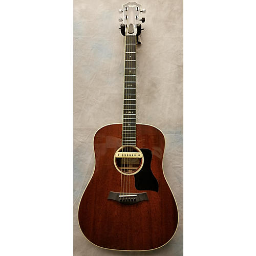 Taylor 520 Acoustic Guitar