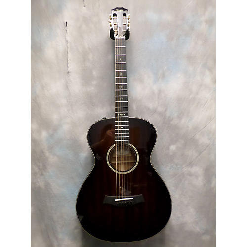 Taylor 522E 12-Fret Acoustic Electric Guitar-thumbnail