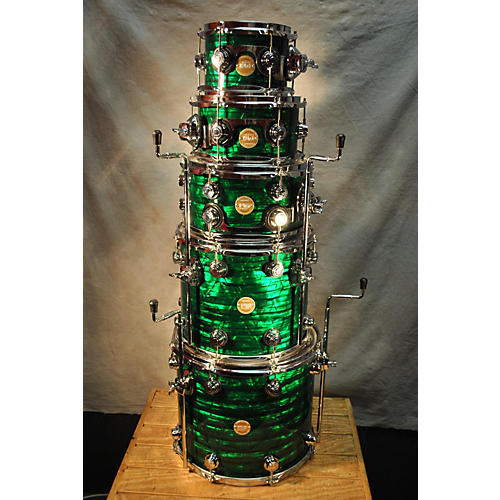 DW 6 Piece Collector's Series Drum Kit Green and Black Pearl 67