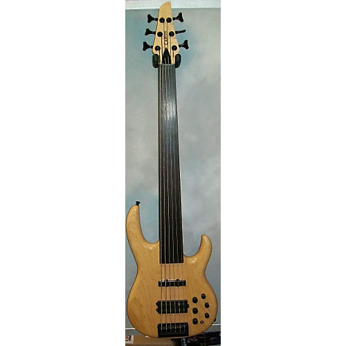 Carvin 6 String Fretless Bass Electric Guitar