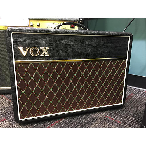 used vox ac10 tube guitar combo amp guitar center. Black Bedroom Furniture Sets. Home Design Ideas