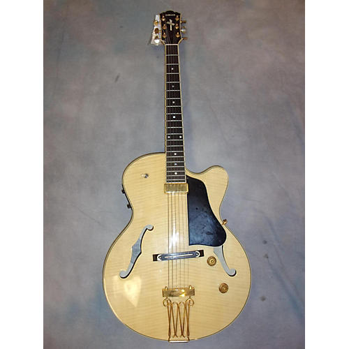 Yamaha Aex 1500 Hollow Body Electric Guitar