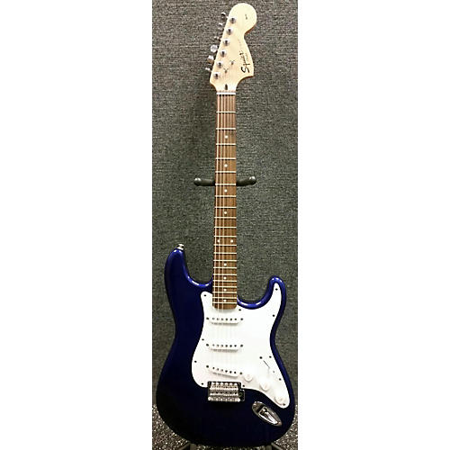 Fender Affinity Squier Strat Solid Body Electric Guitar-thumbnail