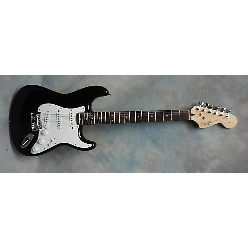 Squier Affinity Strat Solid Body Electric Guitar-thumbnail
