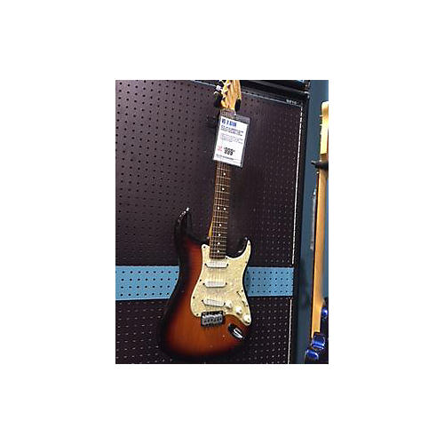 Fender American Deluxe Stratocaster Plus Solid Body Electric Guitar