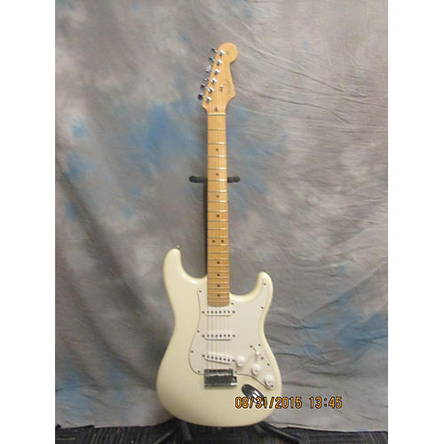 Fender American Standard Stratocaster Alpine White Solid Body Electric Guitar