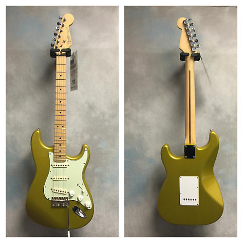 Fender American Standard Stratocaster Gold Solid Body Electric Guitar