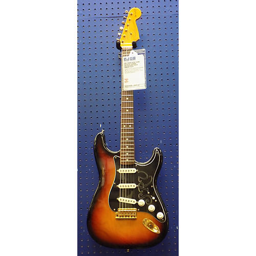 Fender Artist Series Stevie Ray Vaughan Stratocaster Electric Guitar-thumbnail