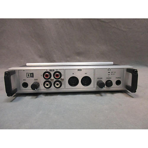 Native Instruments Audio 10 DJ Controller-thumbnail