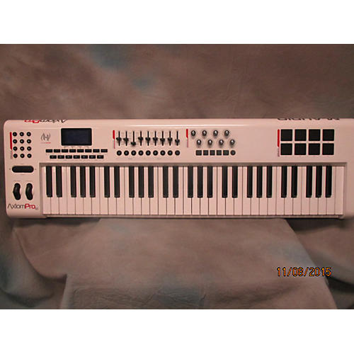 M-Audio AxiomPro 61 MIDI Controller-thumbnail