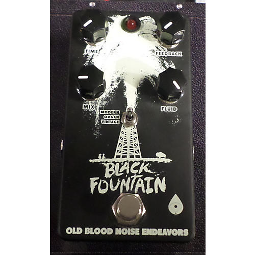 In Store Used BLACK FOUNTAIN Black And White Effect Pedal Black and White