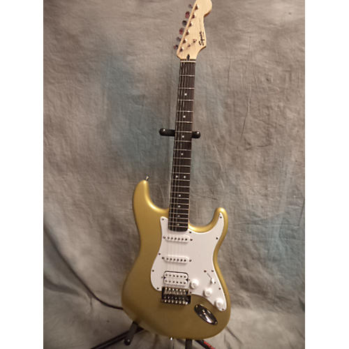 Squier Bullet Stratocaster Aztec Gold Solid Body Electric Guitar