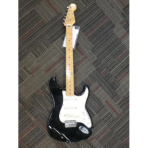 Squier Bullet Stratocaster Hardtail Solid Body Electric Guitar