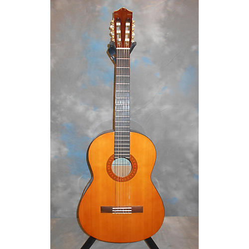 Yamaha C-40 Acoustic Guitar