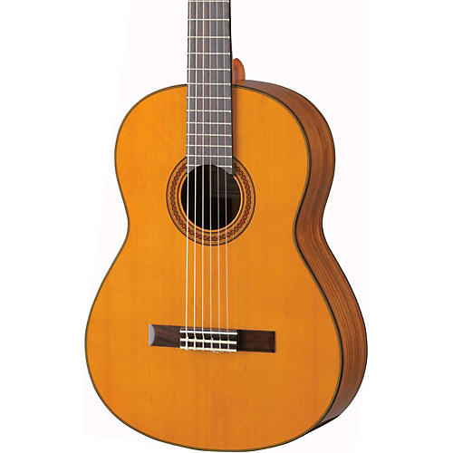 Yamaha CG162C Cedar Top Classical Guitar Natural